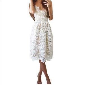 sleeveless Spaghetti strap V neck lace dress